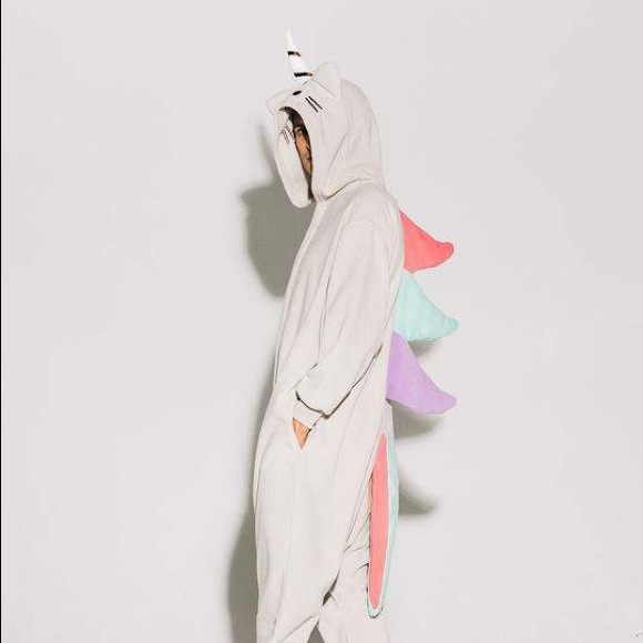 630bc1242f9d Pusheen Intimates   Sleepwear